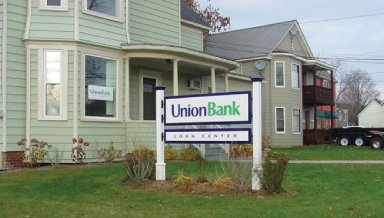 Union Bank branch on 325 East Main Street in Newport, VT